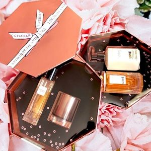 Victoria's Secret LOVE Set Body Wash Fragrance NEW